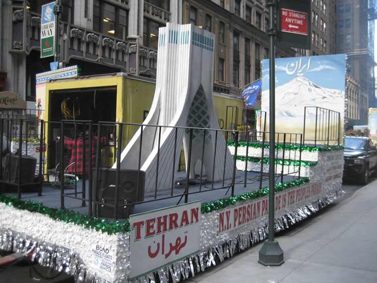 Persian Parade Float 003