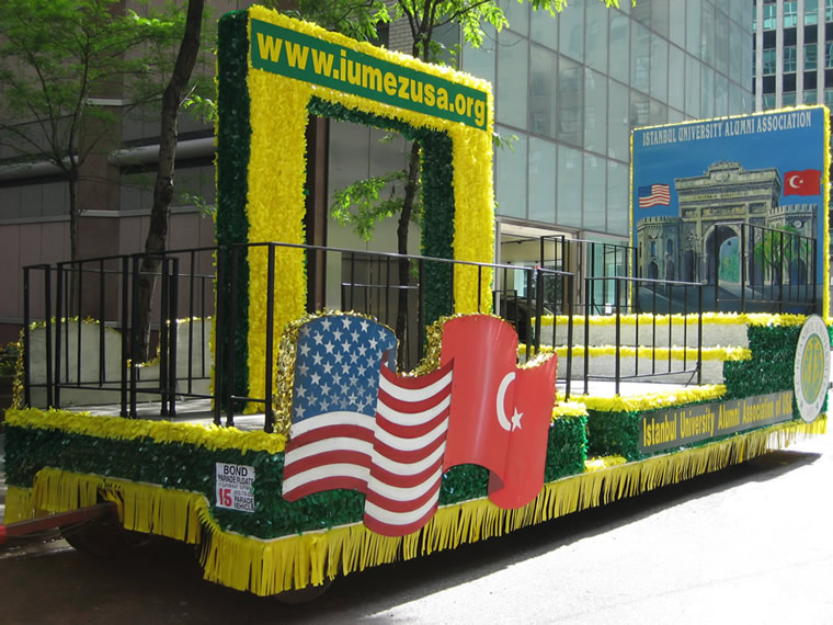 Turkish Parade Float 05