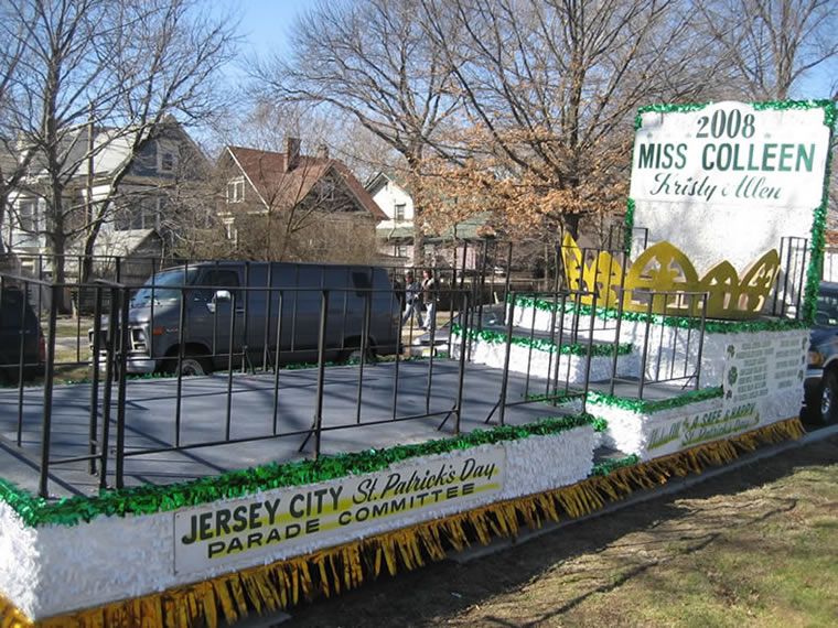 St Patrick's Day Parade Float 002
