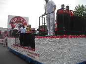 Peru Parade Float 006